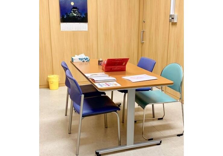 八戸市立市民病院で製品の試着会と医療関係者への説明会を実施しました。
